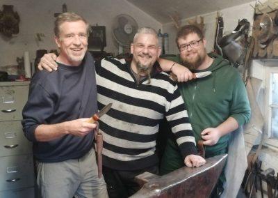 Messerkus mit Vater und Sohn