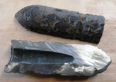Schmuck aus Waffenstahl, Messer aus Waffenstahl